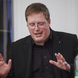 Dr. Markus Kneer